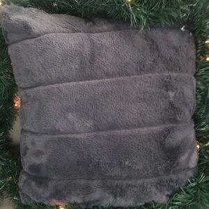 NWT Super soft Indigo faux fur pillow case